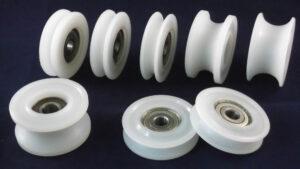 nylon-pulley-wheels-with-bearings-casing sleeves rollers-